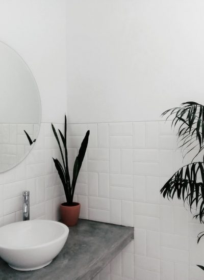 tile and grout cleaning sunshine coast - modern white and grey bathrrom