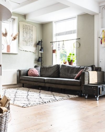 Carpet Cleaning Noosa - modern Livingroom with grey couch